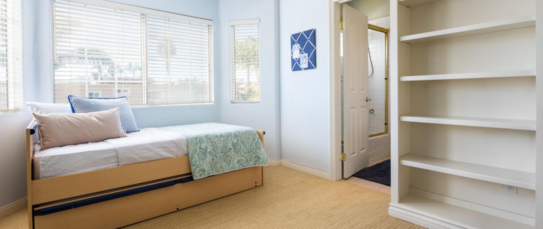 502 19th Street , Huntington Beach CA: