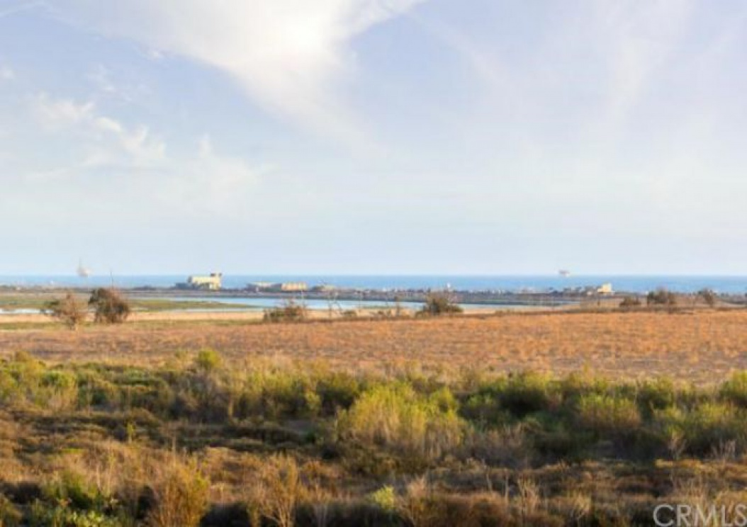 4582 Oceanridge Drive , Huntington Beach CA: