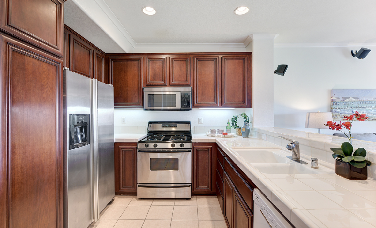 73 Chadron Cir, Ladera Ranch CA: