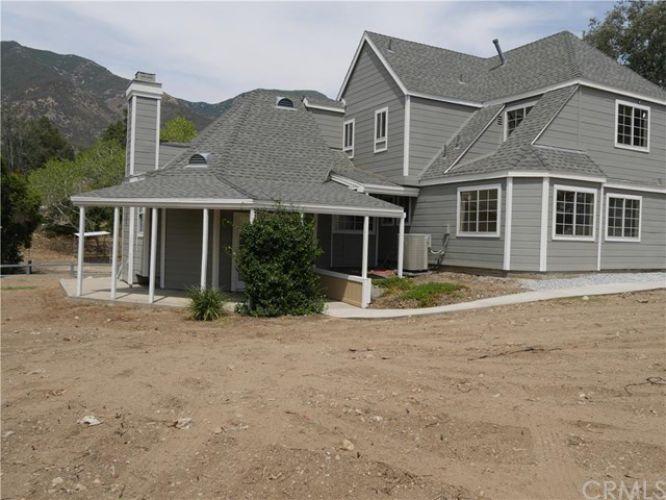 950 Greenwood Avenue, Devore, CA 92407