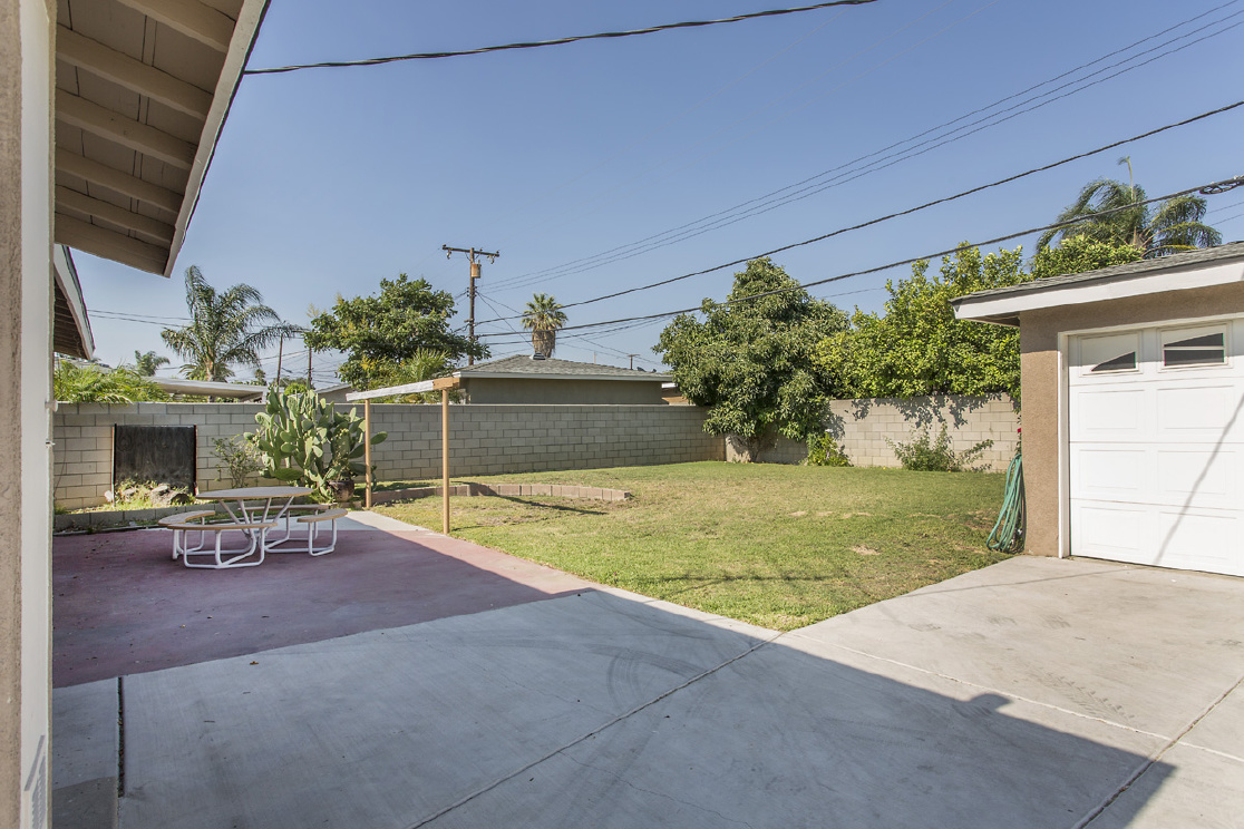 13143 16th Street, Chino CA: