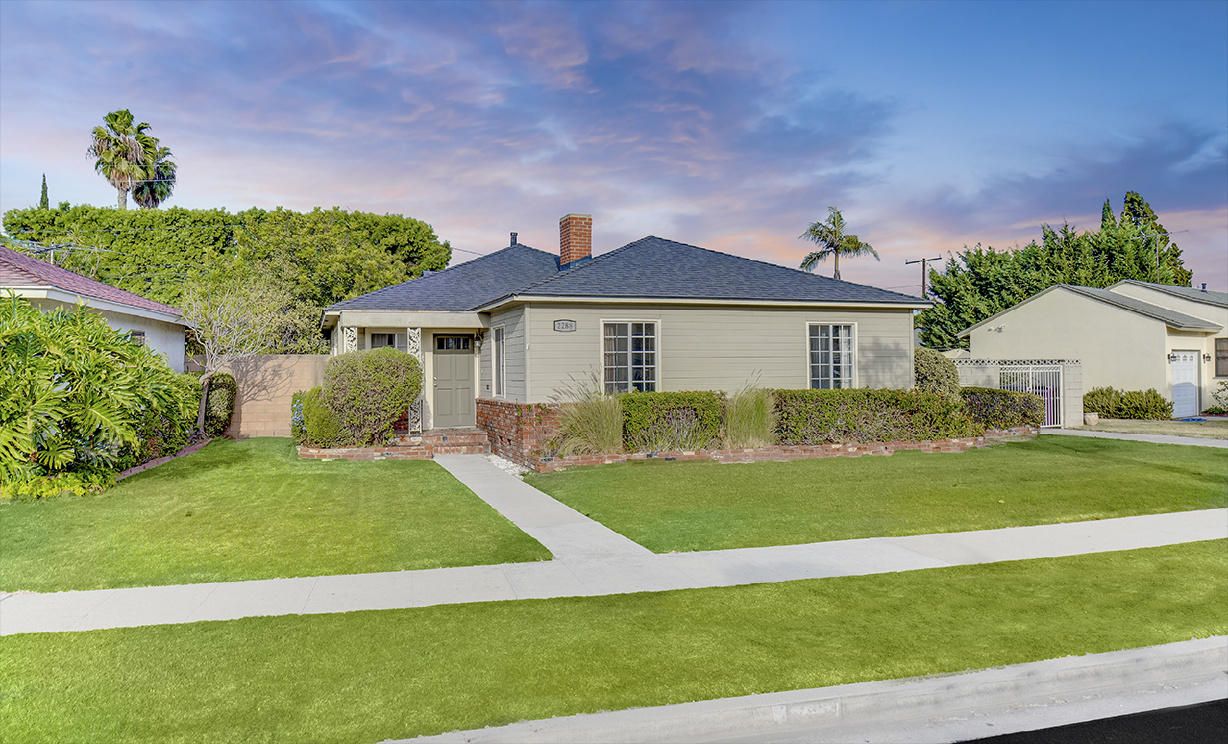 2288 Stearnlee Avenue, Long Beach CA: