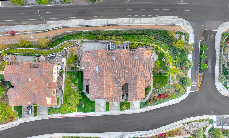 17882 Via Roma, Yorba Linda CA: