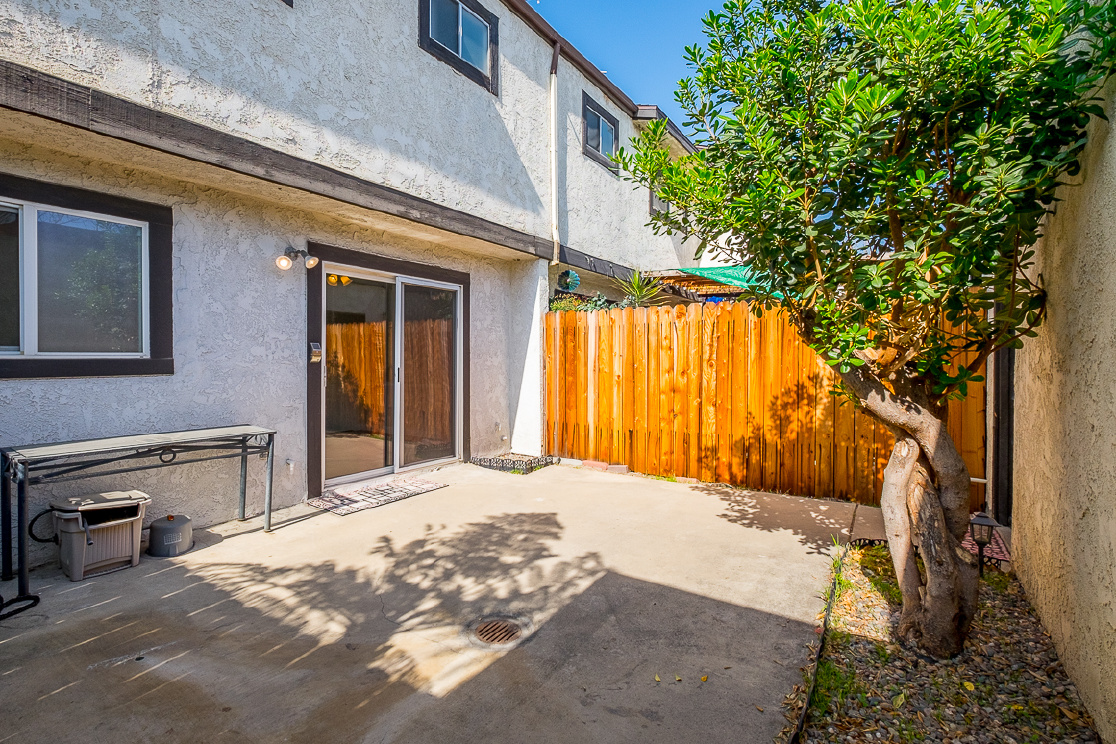 7387 Katella Avenue, Stanton CA: