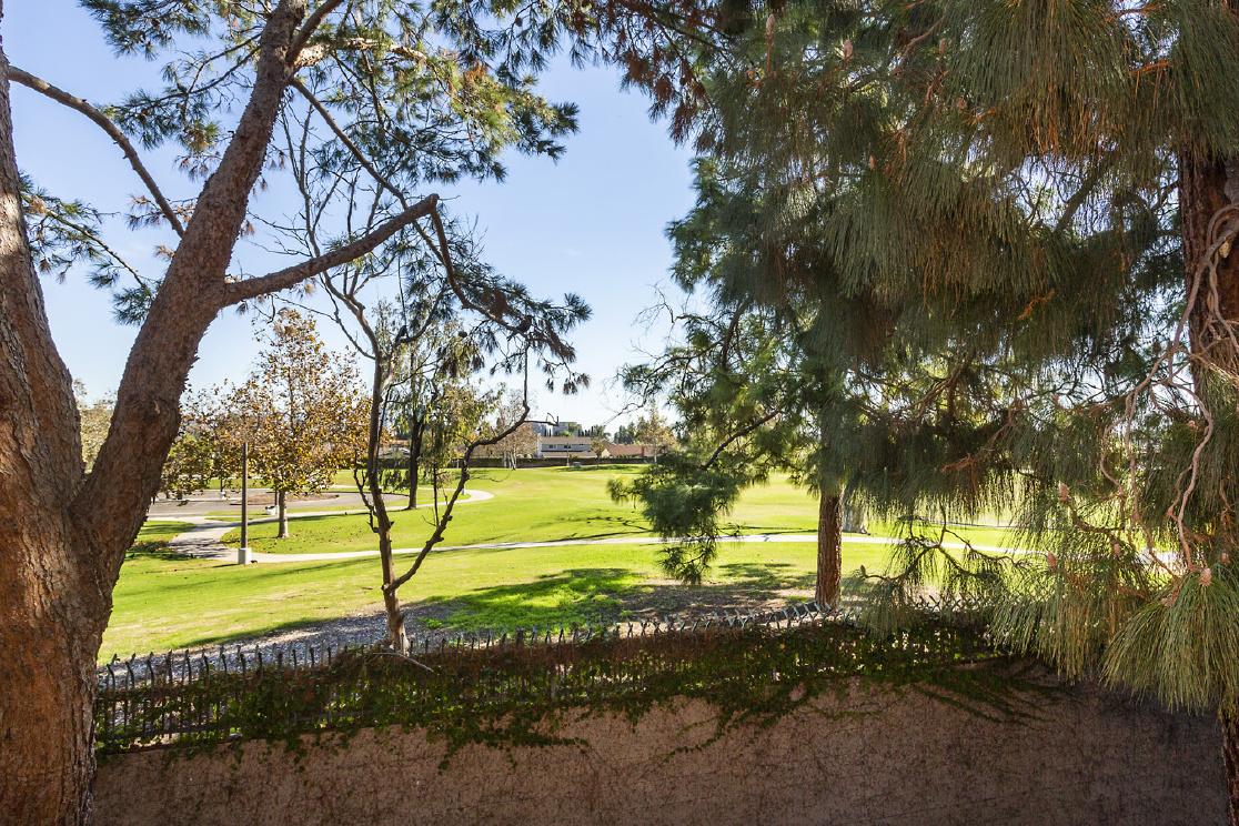 1000 W Macarthur Boulevard, Santa Ana CA: