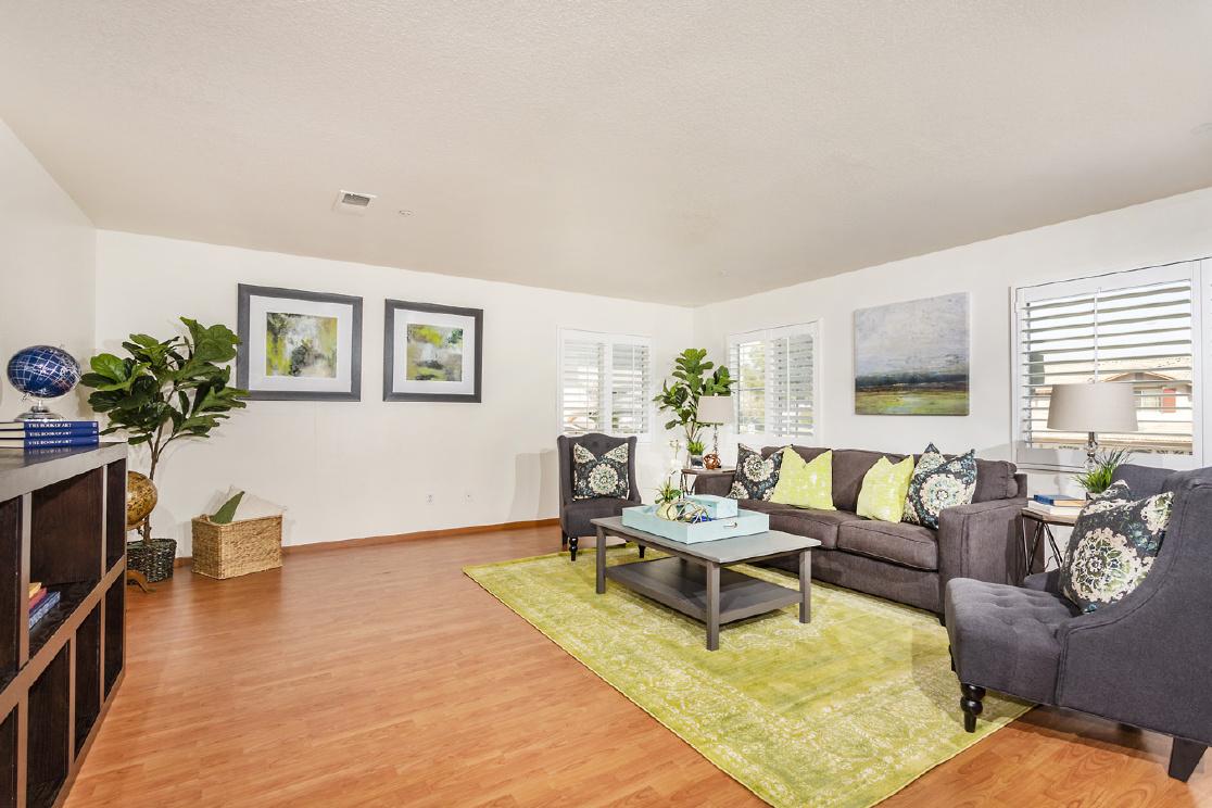 5348 Wrangler Drive, Fontana CA:
