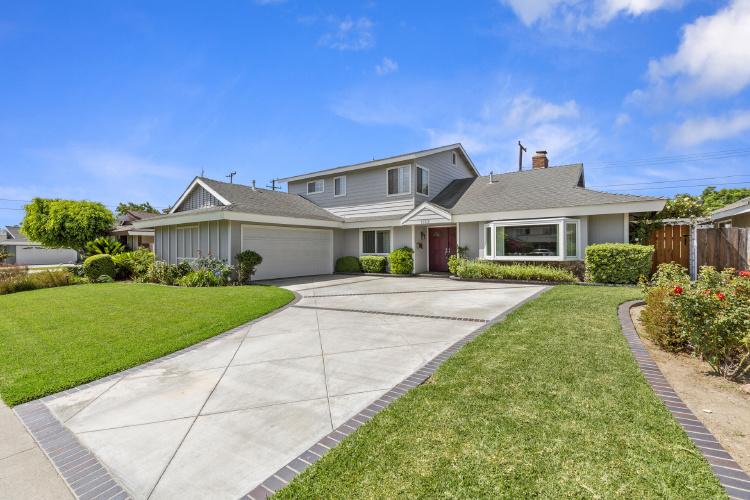 1352 Mauna Loa Rd., Tustin, CA 92780