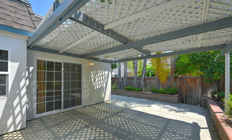 18 Queens Wreath Way, Irvine CA: