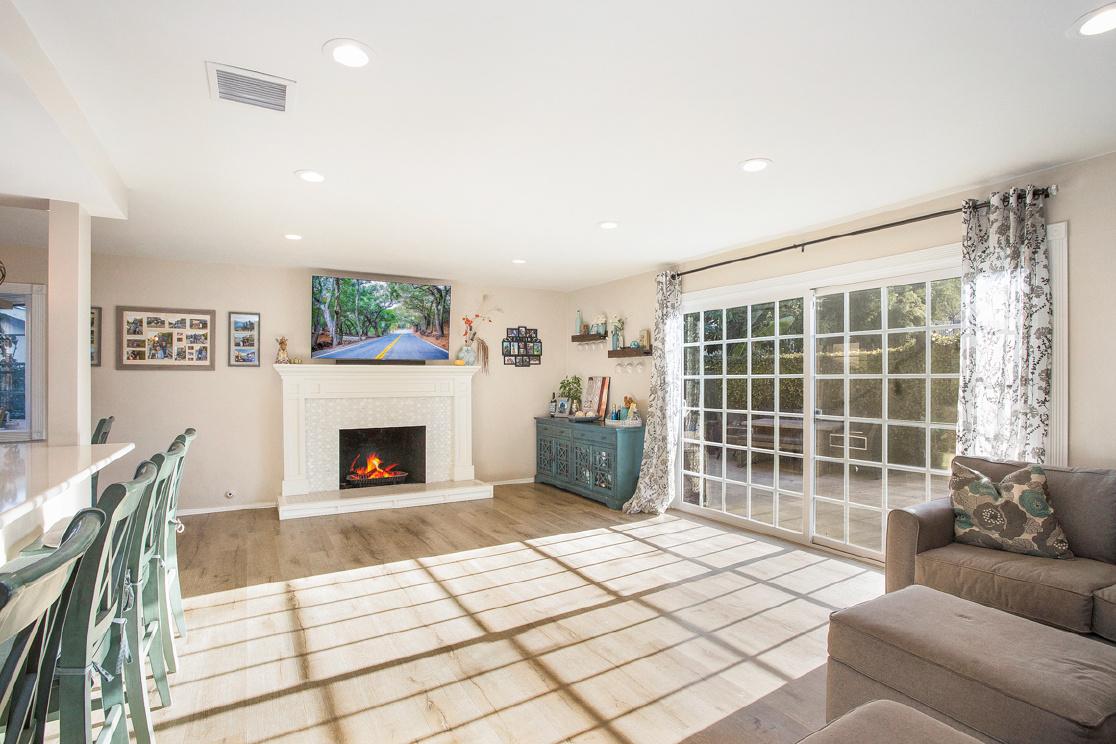 109 Yale Lane, Seal Beach CA: