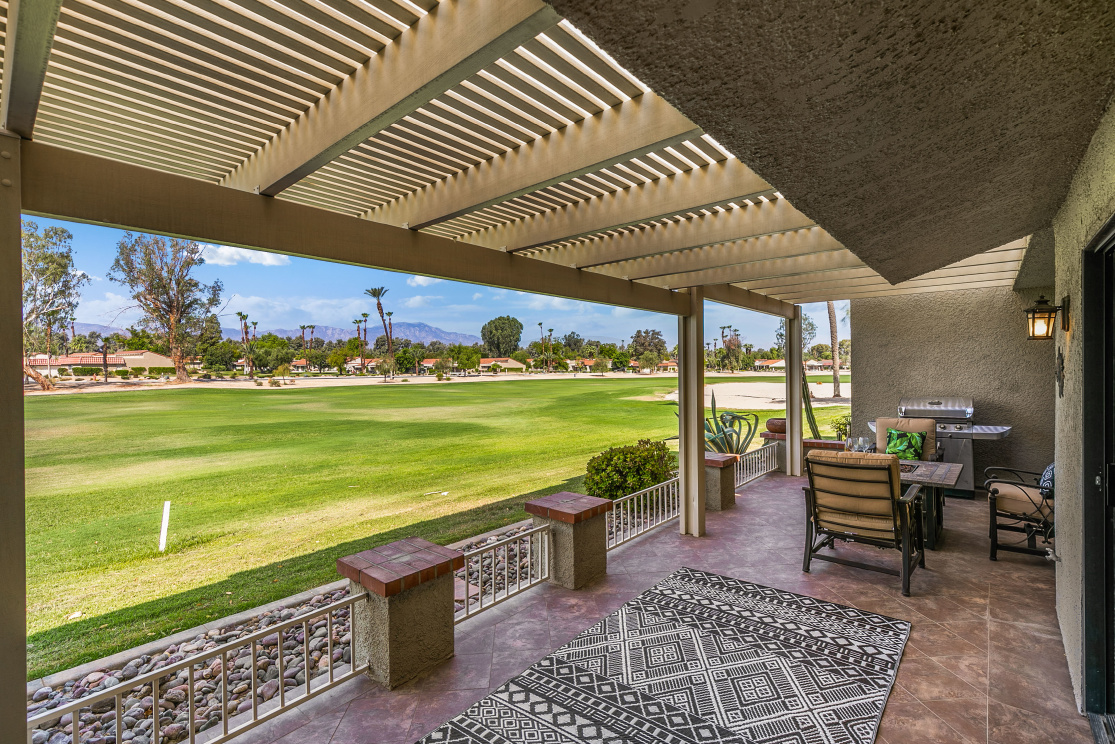 40707 La Costa Cir W, Palm Desert  CA: