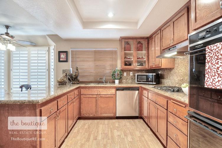 395 North Brook Glen Lane , Orange, CA 92869
