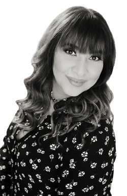 Bonnie Luevano, real estate agent